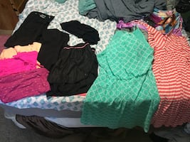 Size large / xl clothing lot ! L@@k!