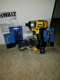 NEW Dewalt 20v MAX impact driver with battery