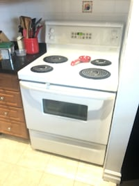 white 4-burner electric range Toronto, M6M 1K8