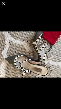 Valentino Olive Green And White Leather RockStud Ankle Strap Pumps Vienna, 22180