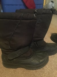Boys Size 6 Winter Boots London, N5X 0G1