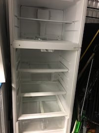 White top-mount refrigerator Quincy, 02169