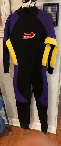 Tommy D 5mm wetsuit size XXL Herndon, 20170