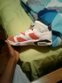 unpaired white and red Air Jordan 6 Racine, 53404