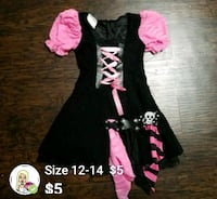 Halloween girl's  size12/14 $5 Alton