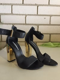 Windsor Smith heels Croydon, 2132