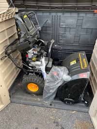 """Poulan Pro 27"""" electric start snow blower with HEATED HANDLES Lutherville Timonium, 21093"""