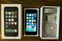 Iphone 5S UNLOCKED 32GB (Like-New)  Arlington