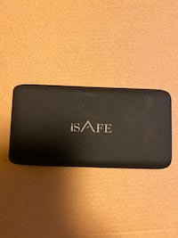 ISAFE WIRELESS AND WIRED POWER BANK Edmonton, T5J 2B7