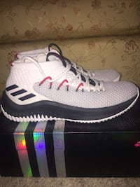 Adidas Dame 4 Basketball Shoes  589 km