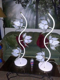 Pair Rare Vintage  White Lotus Flower Lamps Mount Rainier, 20712