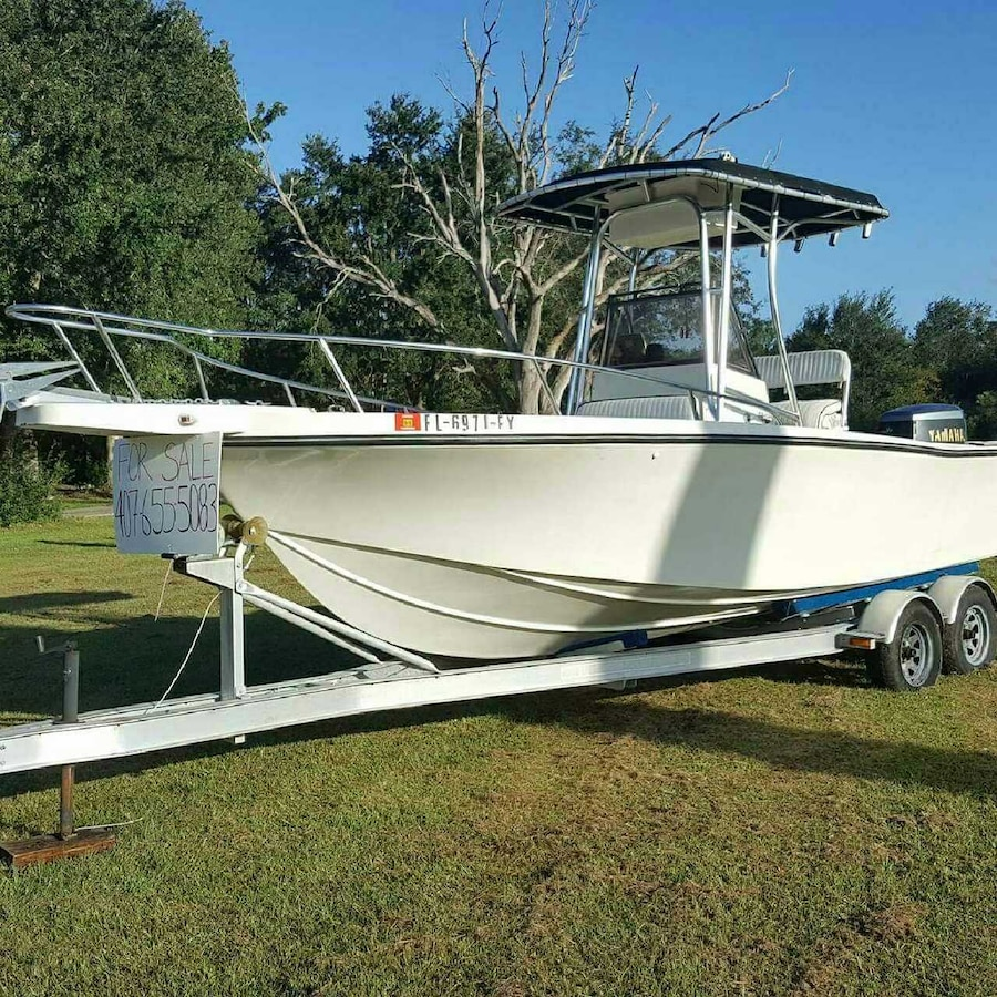 Used white outboard motor boat in kissimmee for Used boat motors in louisiana