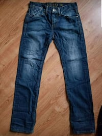 Guess mens size 28 $20 firm cash & pickup only  Winnipeg, R3E 1Y5