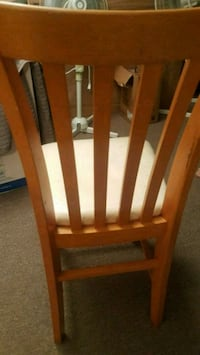 Chairs each 15/ 4pc great condition Richmond Hill, L4S 1Z6