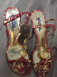 Fuchsia and gold leather strapped heels, size 8 Brampton, L6V