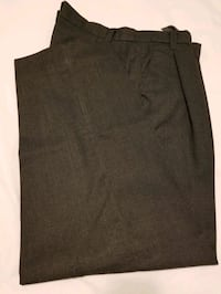 Men's dress pants in size 40 Montréal, H4N 0B6