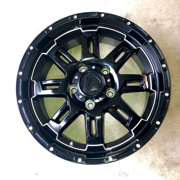 4 20 Inch Black Wheels With Tpms Sensors Lug Nuts And Wheel Locks Included