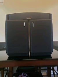 Bose center channel and surround speakers Des Moines, 50312