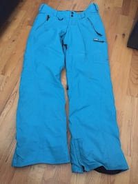 Volcom woman snowboard pants size small Laval, H7L