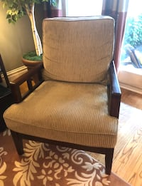 Wood Upholstered Accent Chair Chicago, 60657