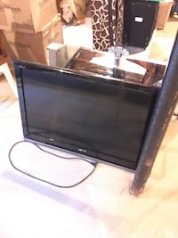 "40"" TV with smoked glass stand Wading River, 11792"