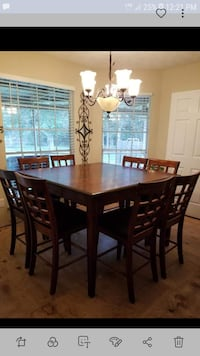 Bar height dining table w 8 chairs Katy, 77450