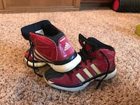 Adidas  size  4 boys  sneakers Norwalk, 50211