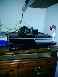 PS3, 2 controllers,games  Chester, 23831
