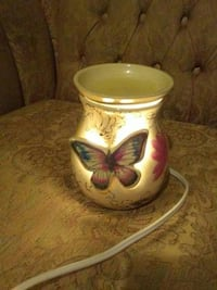 Butterfly candle warmer