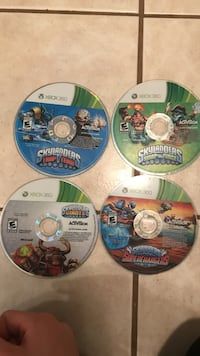 All four of the skylander discs no cases