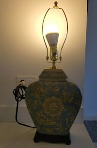 Blue and beige floral table lamp