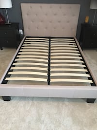 Full size headboard  Ashburn, 20147