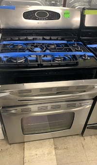 Maytag gas stove double oven in good condition