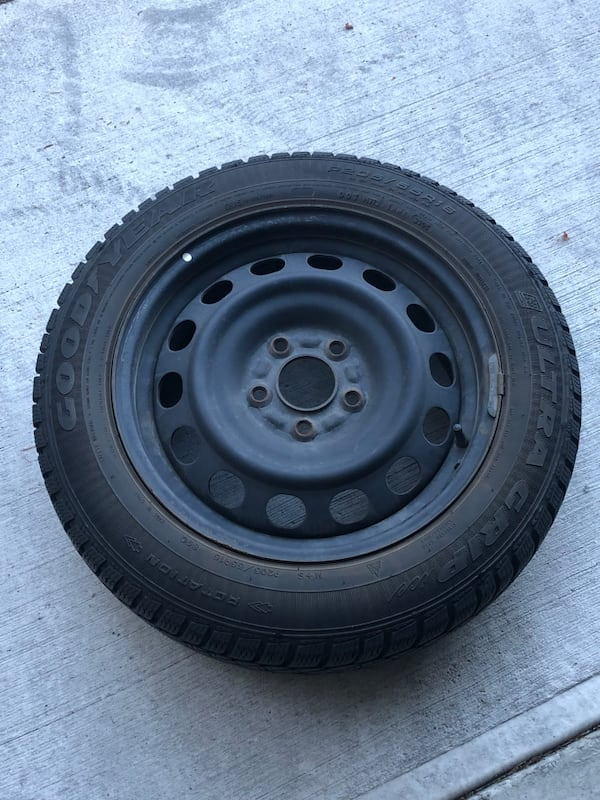 4 Winter GoodYear Tires with rims 1