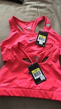 New Nike women sports bra .