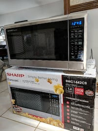 microwave oven, brand new, Sharp Whitchurch-Stouffville