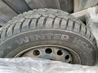 4x winter tire with steel rims excellent condition Toronto, M9M 1B8