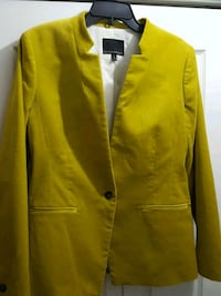 BANANA REPUBLIC never worn button-up blazer Manassas, 20109