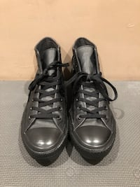 Leather All-Star Converse Sneakers (Size 11) Los Angeles, 91606