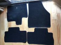 4 FLOOR MAT SET FOR CAR OR TRUCK