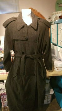 Womens Full Length Wool Coat size 18 Temple Hills, 20748