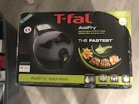 Brand new Acti fry T-fal Kitchener, N2A 4L4