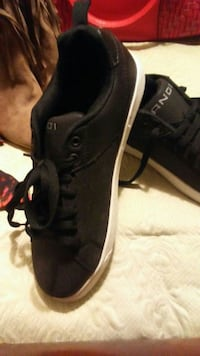 pair of black and1 low-top sneakers