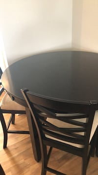 Dining Set w/ 4 Chairs Spring Hill, 37174