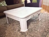 rectangular white wooden coffee table Ottawa, K2S 0K5