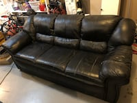 Black leather 3-seat sofa Kamloops, V2B 8N9