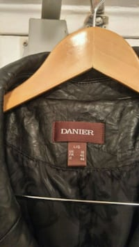 black and brown leather zip-up jacket Hamilton, L8P 3C8