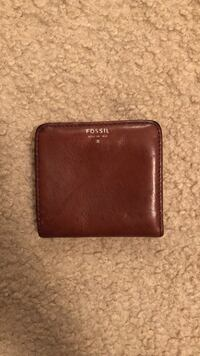 brown Michael Kors leather wallet Mississauga, L5M 7H7
