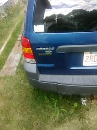 blue Ford Escape XLT SUV Worcester, 01607