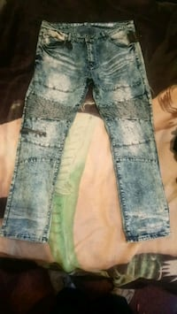 Jeans  Mississauga, L4T